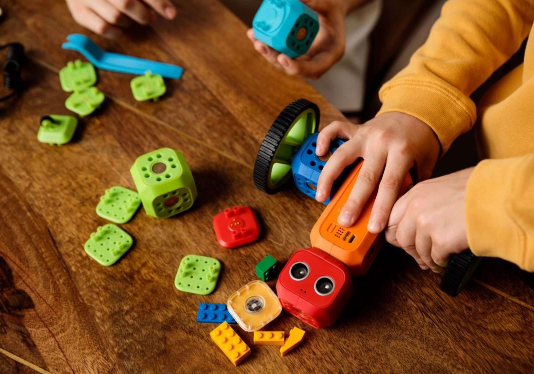 Robo Wunderkind Starter Kit - Modular Robotics